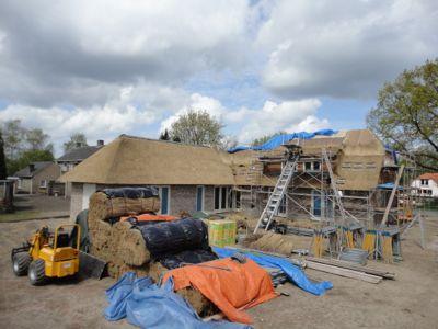 Rieten dak aanleggen